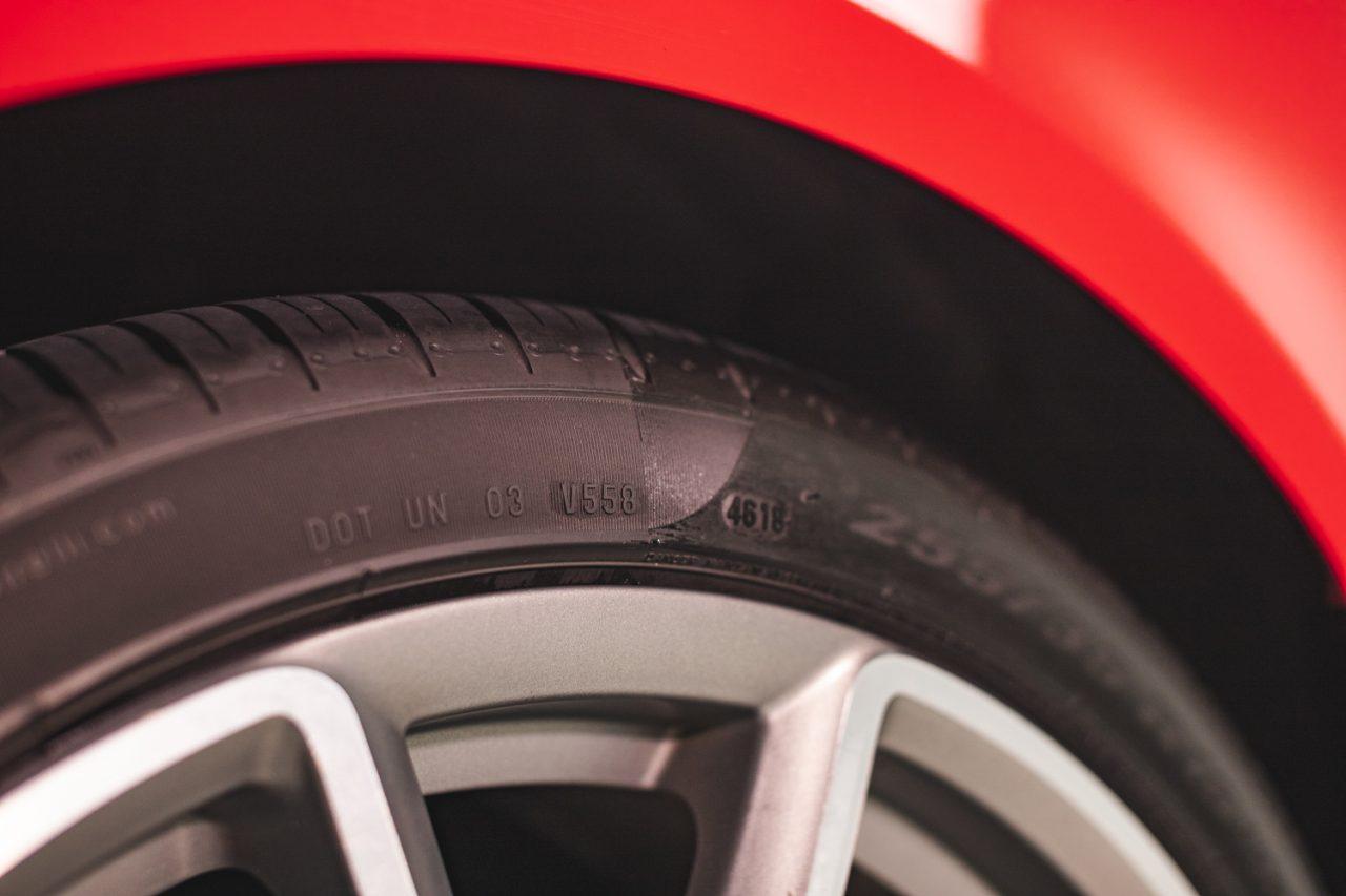 https://www.wowos.co.uk/wp-content/uploads/2016/06/wowos-500ml-tyre-restorer-audi-s4-demo-6.jpg