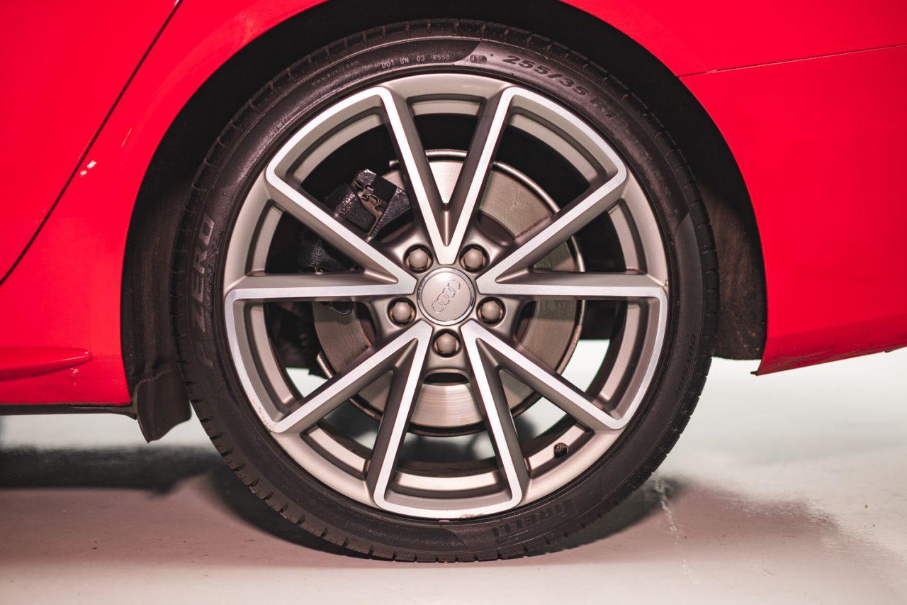 https://www.wowos.co.uk/wp-content/uploads/2016/06/wowos-500ml-tyre-restorer-audi-s4-demo-8.jpg