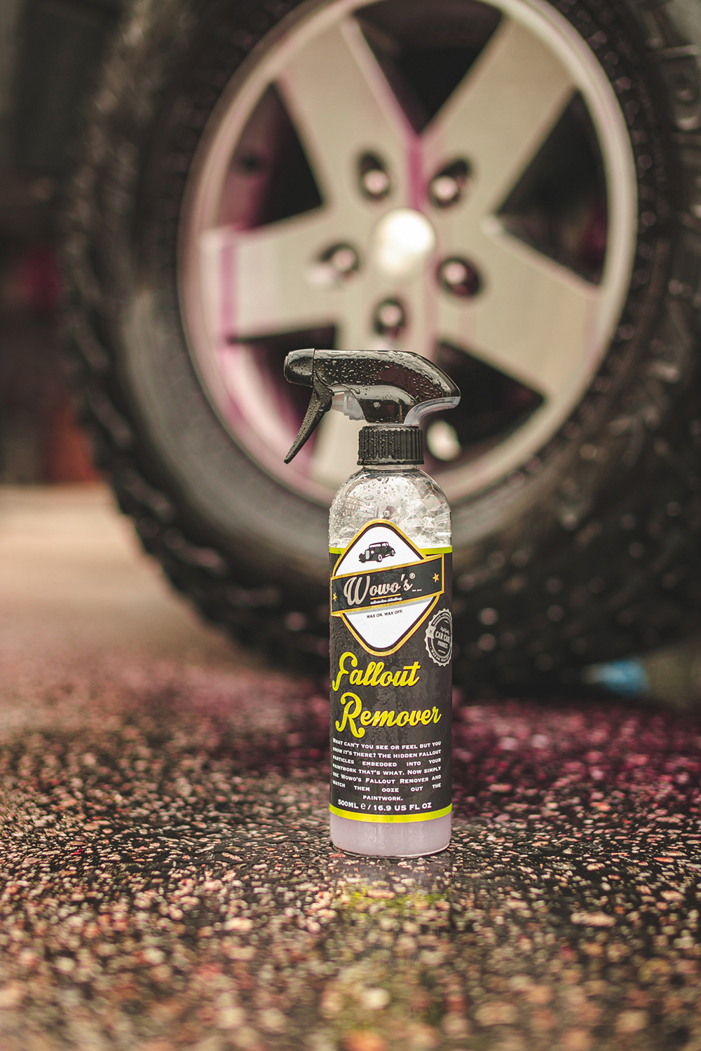 https://www.wowos.co.uk/wp-content/uploads/2019/12/wowos-500ml-fallout-remover-jeep-demo-2.jpg